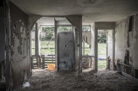 abandoned motel 4c