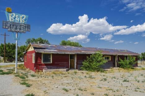 abandoned motel 9a