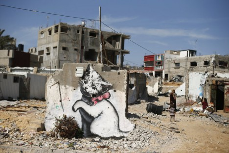 banksy gaza kitten graffiti