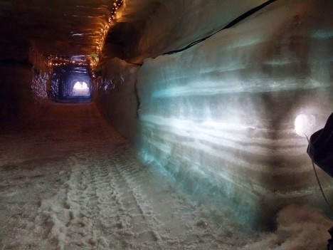 ice cave lighting design