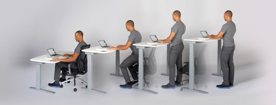 Kinetic Desk Rises To Nudge You Into A Standing Position
