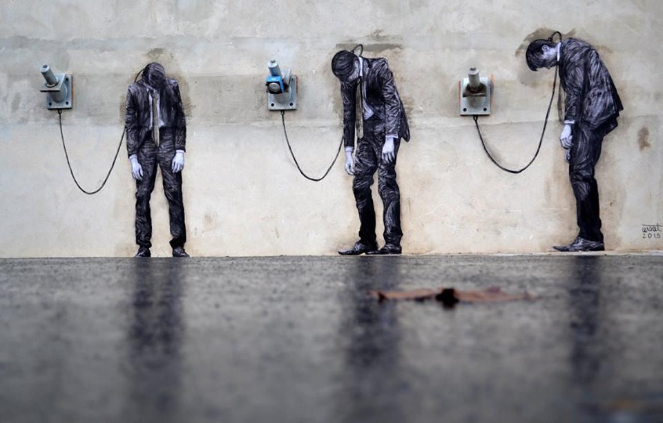 Playful in Paris: Life-Sized Interactive Street Art
