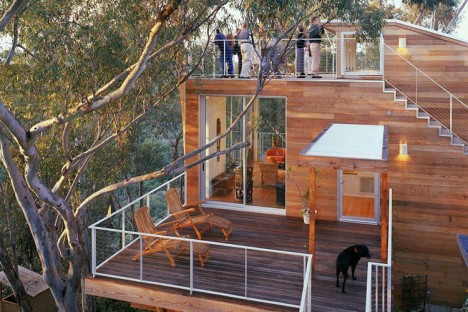 The high life 12 incredible residential tree house for Modern tree house designs