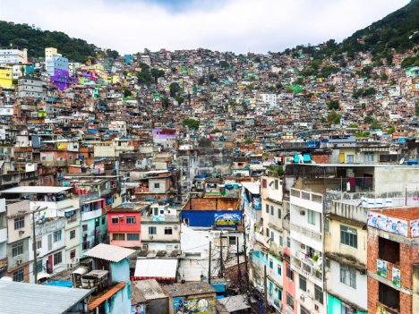 screenshot brazil favela zoom