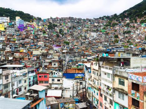 screenshot brazil favela zoom