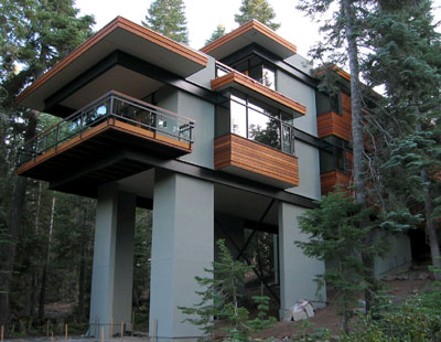 The high life 12 incredible residential tree house for Incredible home designs