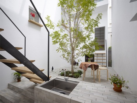 Innovative Interior Space plain award winning small space interior design amid luxurious interior Courtyard Living Room With Tree By Mamm Design Japan Interiors Courtyard 1