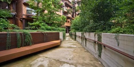 urban green walkway area