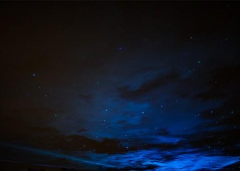 waterlicht against the sky
