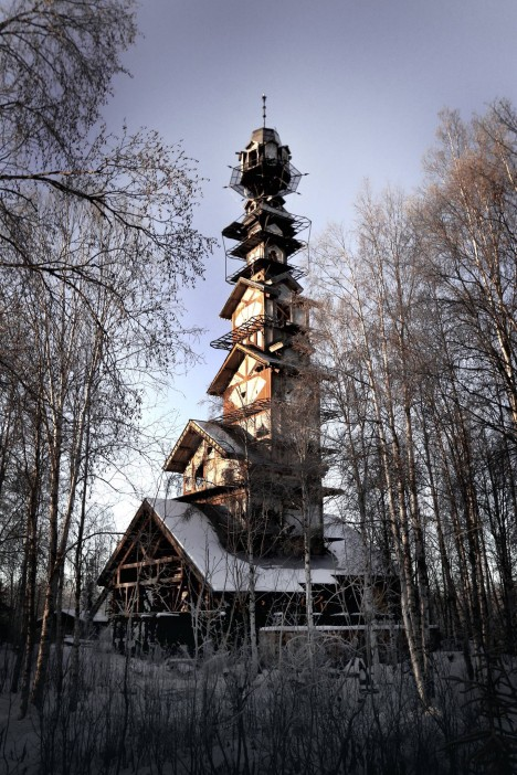 dr. seuss house 6