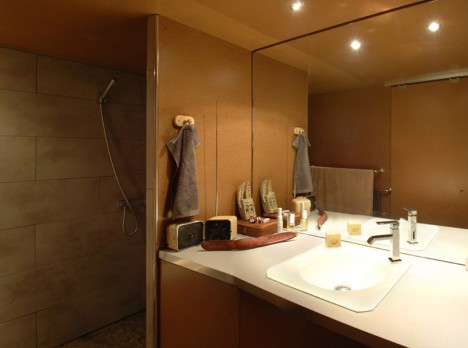 garage bathroom inside box