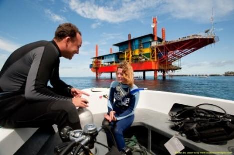 oil rig scuba resort 1