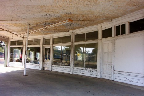 abandoned car dealers 11c