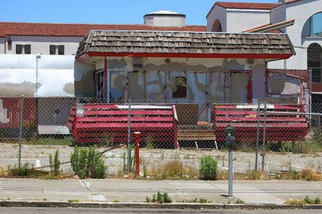 Done Deals, New & Used: 12 (More) Abandoned Car Dealerships | Urbanist