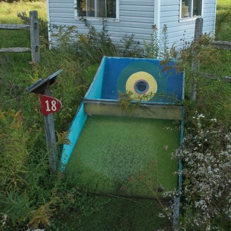 abandoned minigolf 4c
