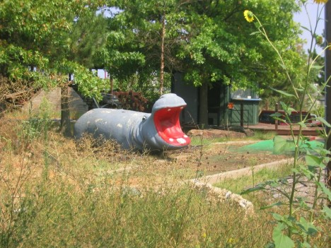 Safari Joe's abandoned minigolf Tulsa hippo