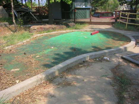 Safari Joe's abandoned minigolf Tulsa