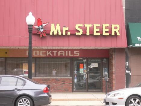 abandoned steakhouse Mr Steer 9c