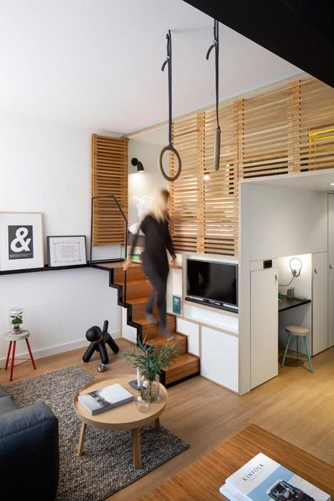 modular bedroom steps view