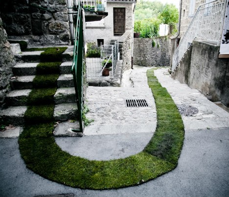 nature street art grass carpet 1