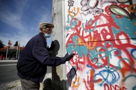 street art mural artist