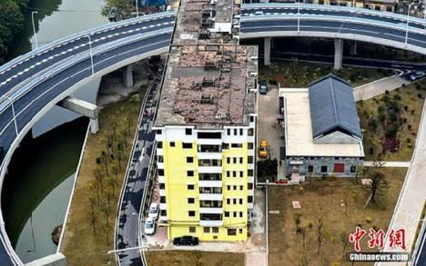 Guangzhou nail houses