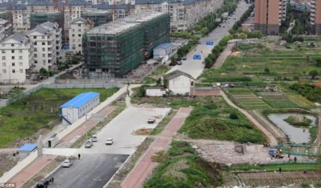 Hong Chunqin home china