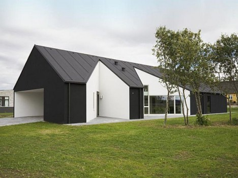 concave barn house 1