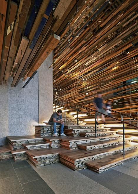 modern staircase dynamic 3