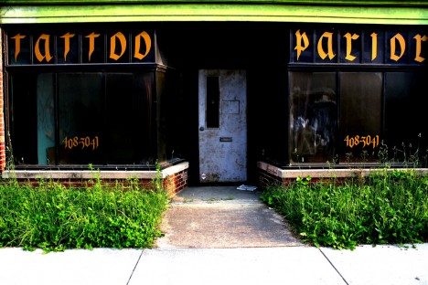 Red ink 10 closed abandoned tattoo parlors studios for Tattoo shops salem nh