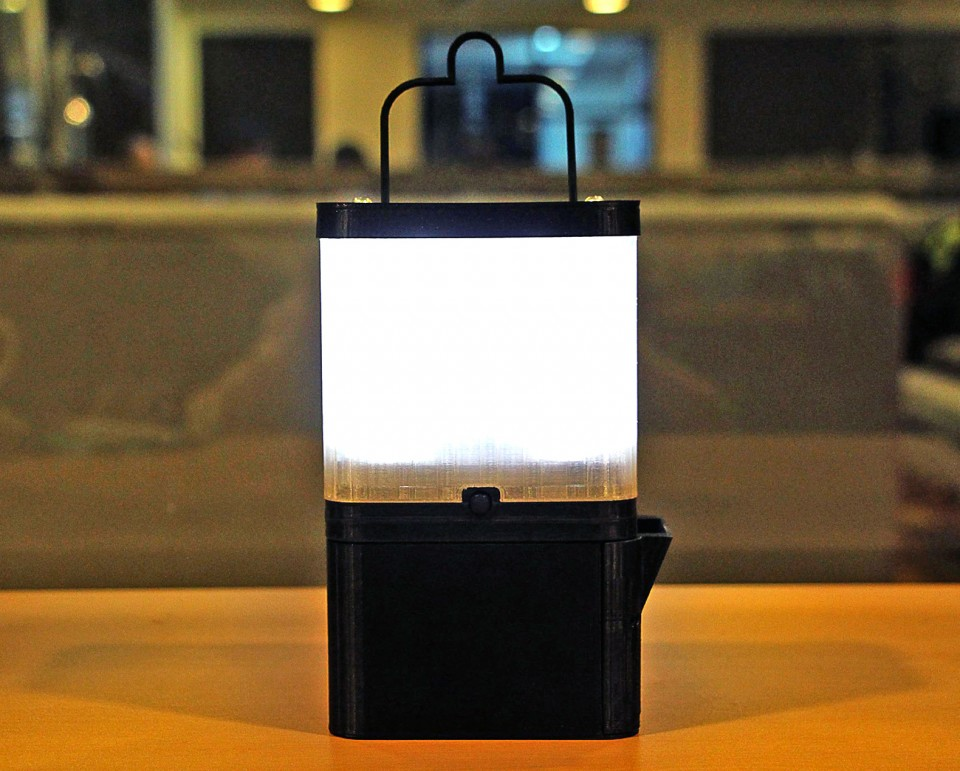 Salt Lamp Keeps Leaking Water : Salt-Powered Lamp: 8 Hours of Light from 1 Glass of Saltwater Urbanist