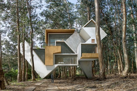 Architecture of Your Dreams: 11 More Surreal Fantasy Structures