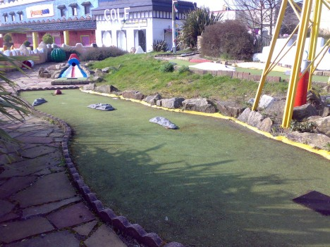abandoned-miniature-golf-course-5c