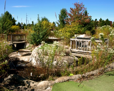 abandoned-miniature-golf-course-7b