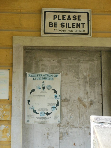 abandoned-walk-in-clinic-belize-2