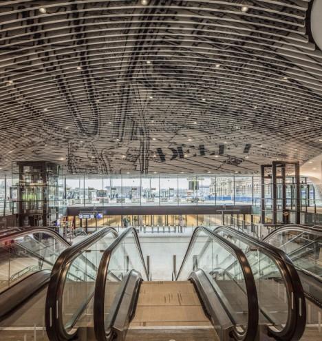 ceilings train station 3