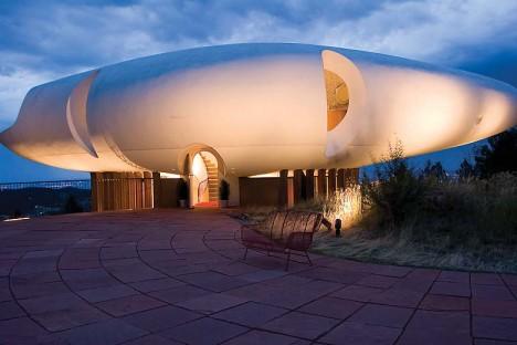 spaceship sleeper house 2