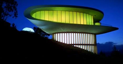 spaceship sleeper house