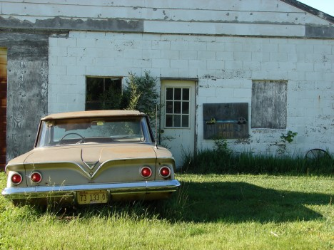 abandoned-auto-body-61chevy-6a