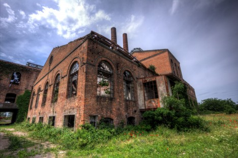 abandoned-sugar-mill-codigoro-1