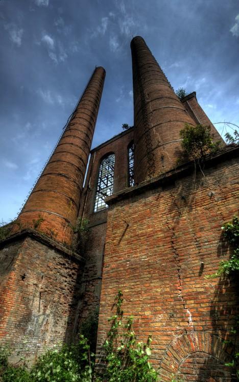 abandoned-sugar-mill-codigoro-3