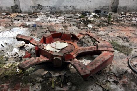abandoned-sugar-mill-codigoro-4