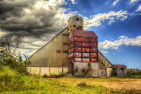 abandoned-sugar-mill-coloso-4