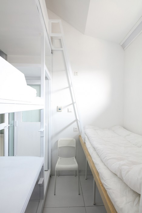 modular cramped sleeping space