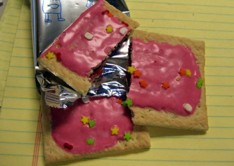 pop-tarts-hello-kitty-1d