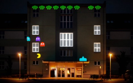 projection mapping 8 bit invader 2