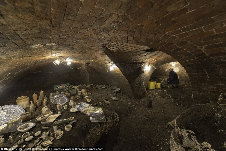 williamson tunnels 2