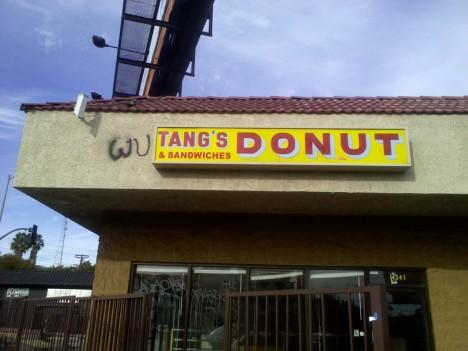 abandoned-donut-shop-wu-tang-2a