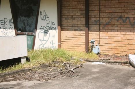 abandoned-pizza-hut-Gosford-Australia-1d