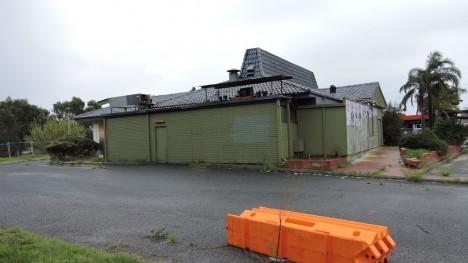 abandoned-pizza-hut-Perth-Australia-12c